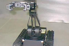 Toycen-Breacher-EOD-Robot-03