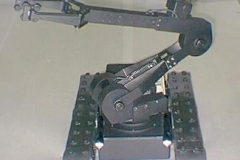Toycen-Breacher-EOD-Robot-06