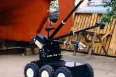 Toycen-Cerebus-EOD-Robot-02